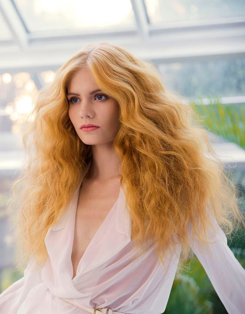ginger-moda-capelli-lunghi-styling-onde
